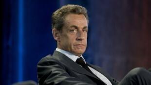 La justice française soupçonne l'ancien chef de l'État Nicolas Sarkozy d'avoir bénéficié de fonds libyens pour financer sa campagne pour la présidentielle en 2007.