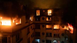 Un incendie s'est déclaré, dans la nuit du 4 au 5 février 2019, dans un immeuble du XVIe arrondissement de Paris.