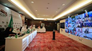 وزير النفط السعودي يشارك في قمة مجموعة العشرين عبر الفيديو