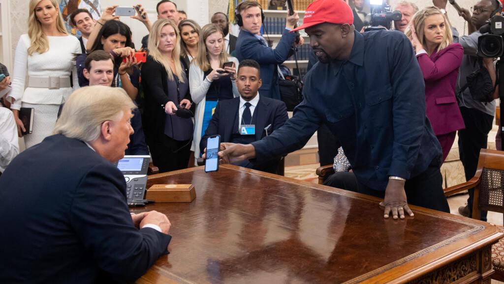 """Kanye West candidat à la Maison Blanche ? Donald Trump trouve l'idée """"très intéressante"""""""